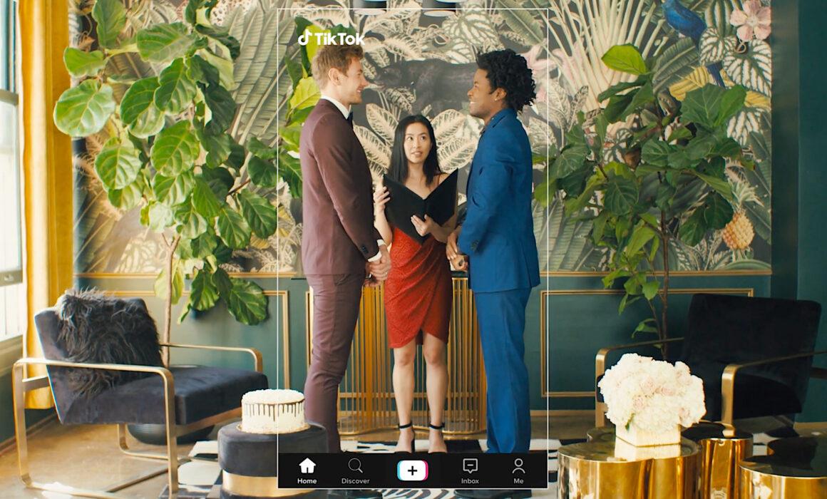Los Angeles Influencer Wardrobe Stylist | TikTok Commercial